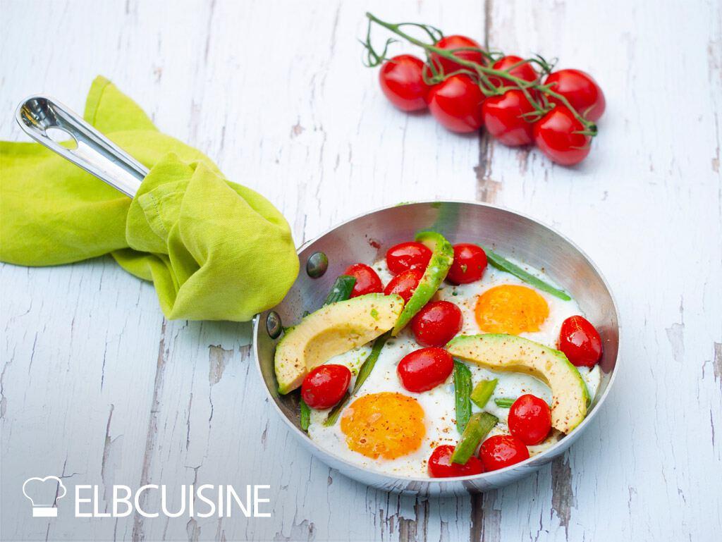 Jamie Oliver Rezept together Spiegelei Tomaten Avocado